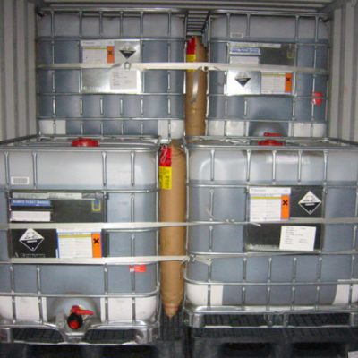 chemical-containers-with-dunnage-bags-complete-conatiner-solution